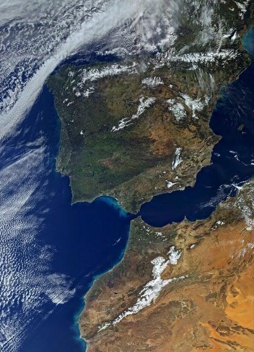 Fotografía captada por el satélite Sentinel 3A http://www.esa.int/var/esa/storage/images/esa_multimedia/images/2016/03/iberian_peninsula/15841330-2-eng-GB/Iberian_Peninsula_node_full_image_2.jpg
