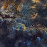 PaisajedelcentrodelCisne-CygnusCrescent_Swift_6023