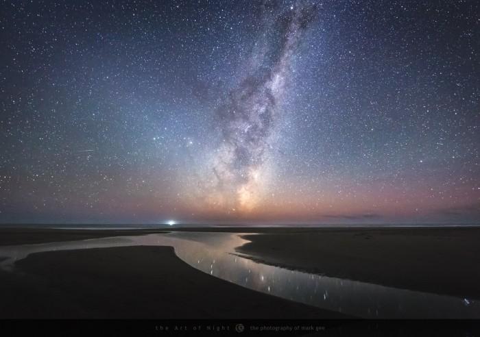 Reflect-OceanBeachintheHawkesBayregionofNewZealand2048.jpg