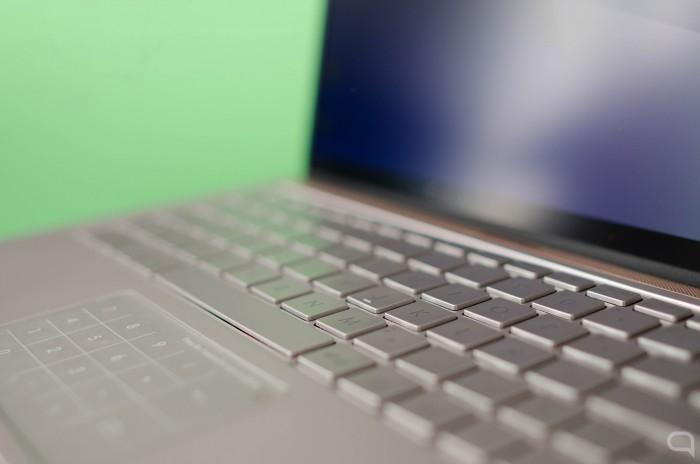 Asus-ZenBook-13-4.jpg