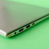 Asus-ZenBook-13-9