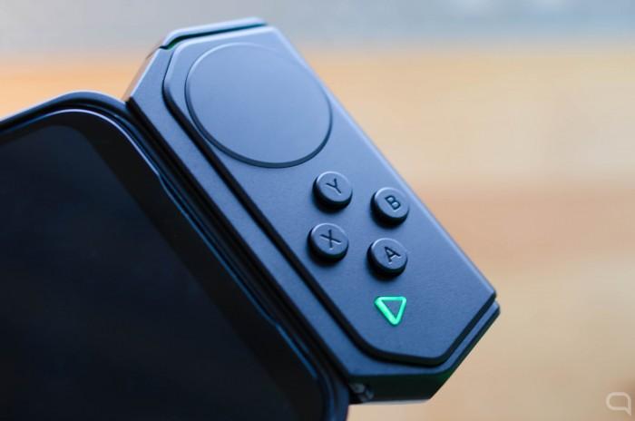BlackShark-2-pad-derecho.jpg